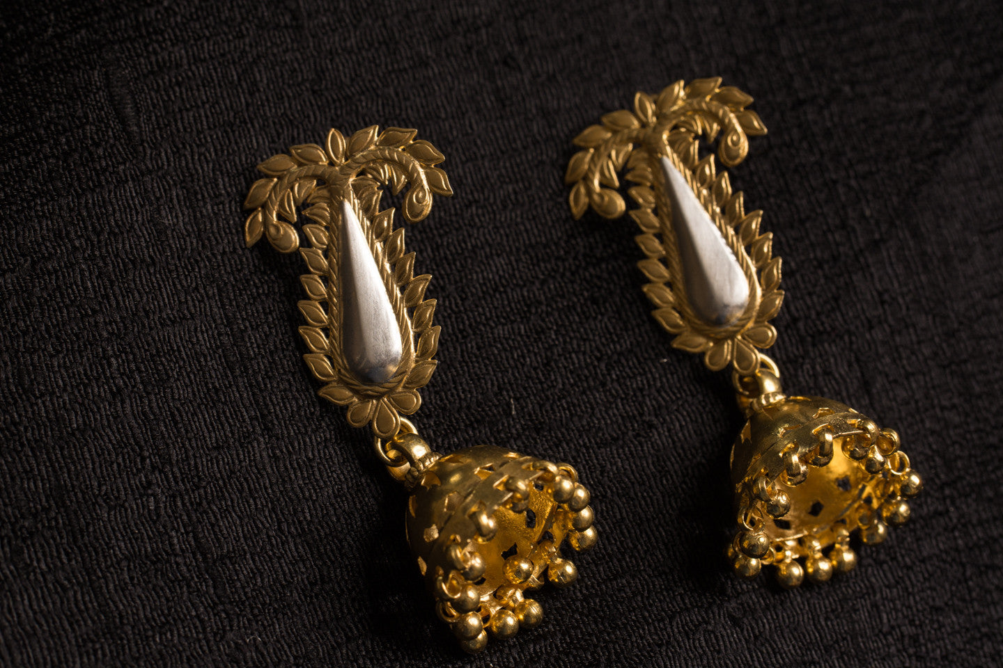 20a451-silver-gold-plated-amrapali-earrings-post-leaf-motif-chandelier