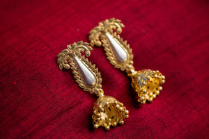 20a451-silver-gold-plated-amrapali-earrings-post-leaf-motif-chandelier-alternate-view-2