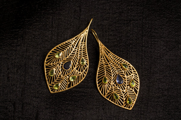 20a453-silver-gold-plated-amrapali-earrings-cut-work-feather-peridot-iolite