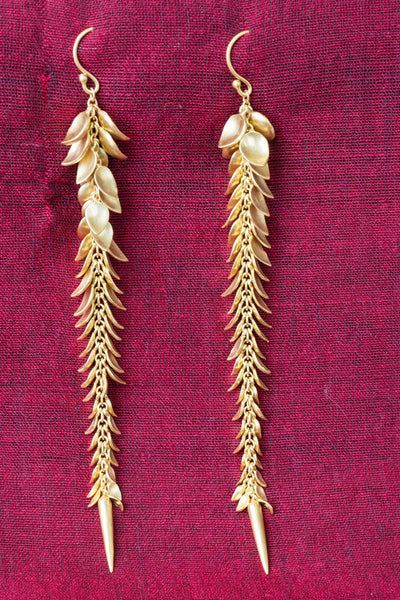 20a468-silver-gold-plated-amrapali-earrings-leaf-motif-drop