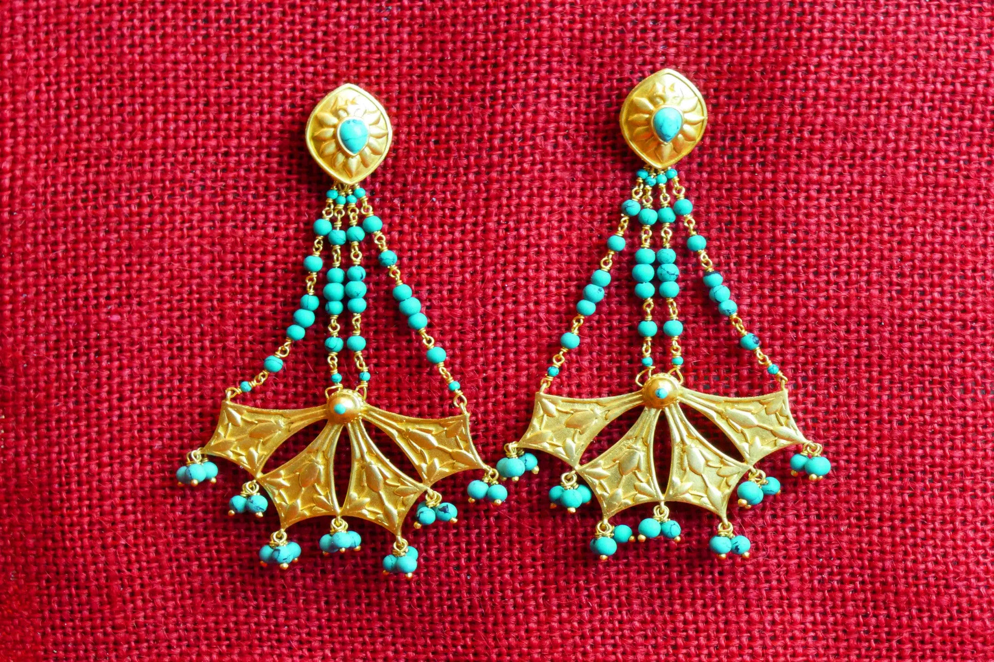 20A476 Amarpali Silver Gold Plated Turquoise Earrings