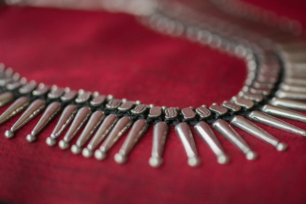 20a499-silver-amrapali-necklace-elongated-beads-embossed-alternate-view