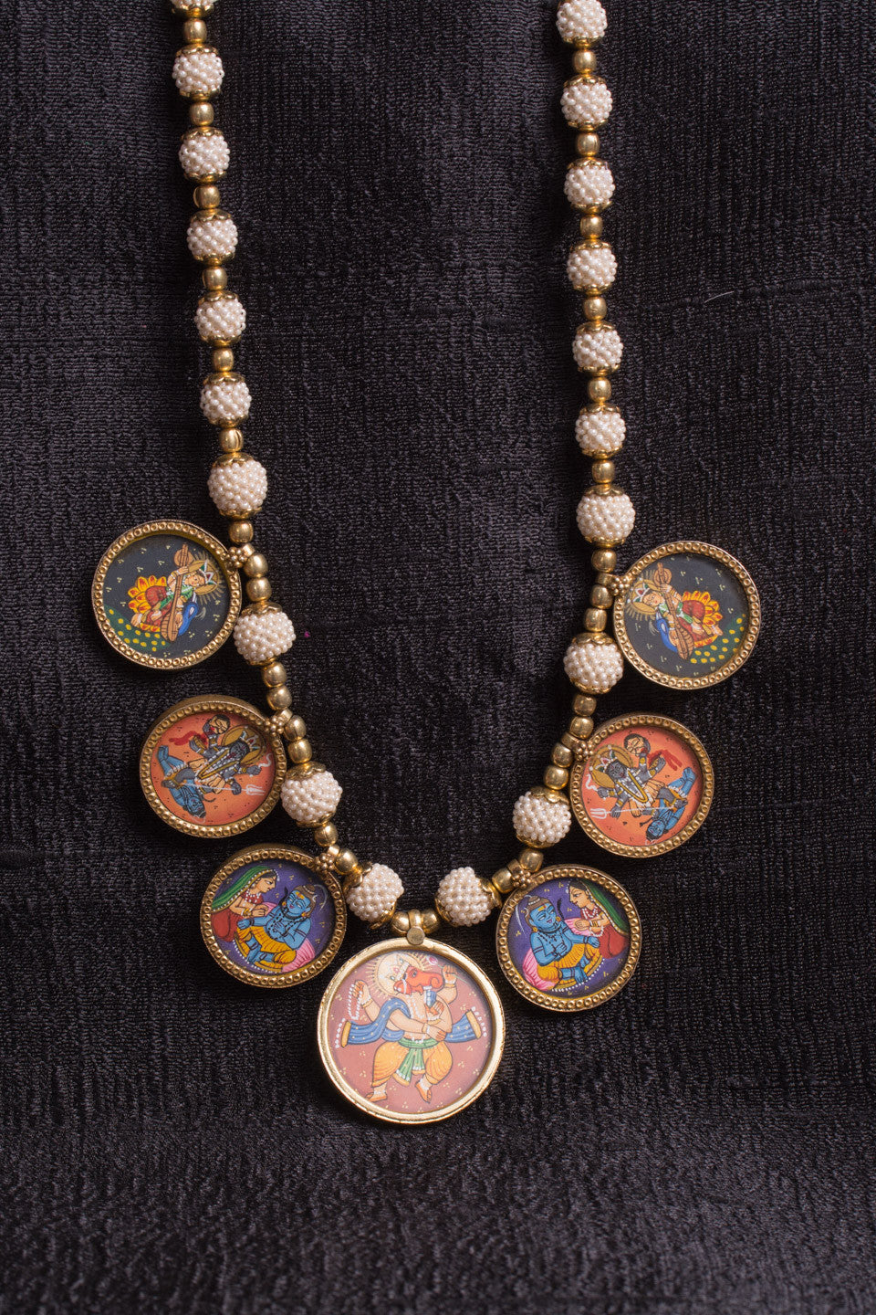 20a512-silver-gold-plated-amrapali-necklace-hand-painted-hindu-deities-pearl