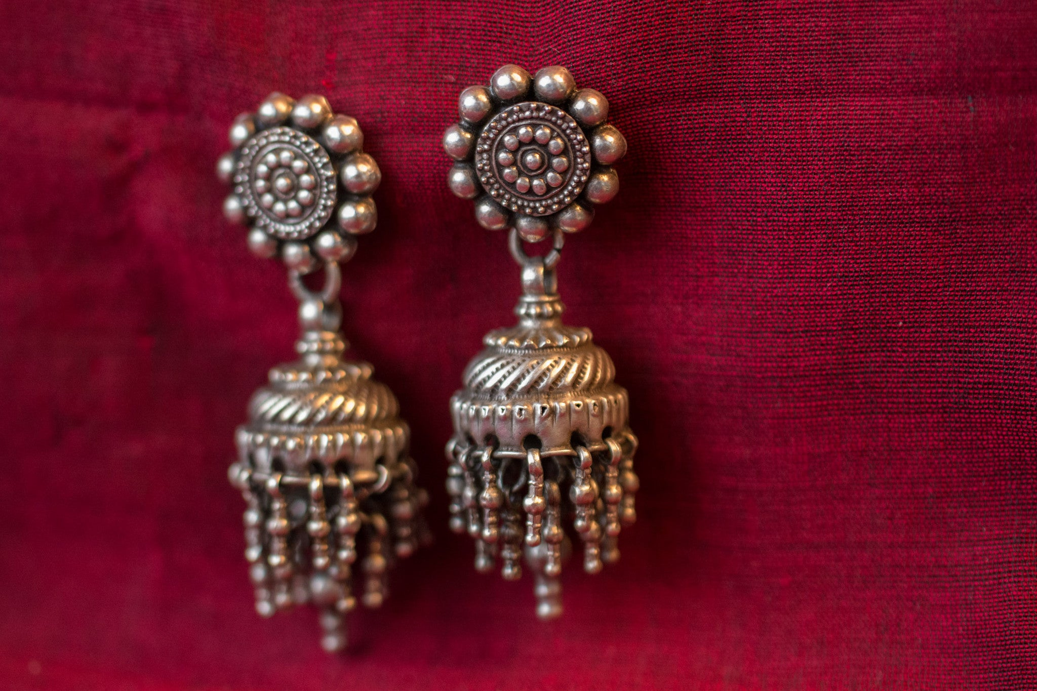 20a514-silver-amrapali-earrings-floral-top-chandelier-embossed-alternate-view