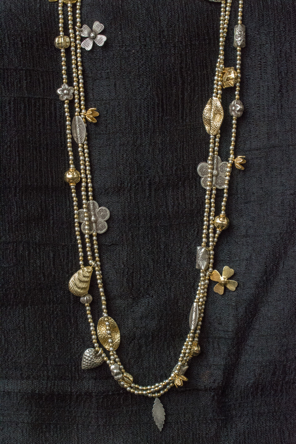 20a518-silver-gold-plated-amrapali-beaded-necklace-two-tone-embossed-charms