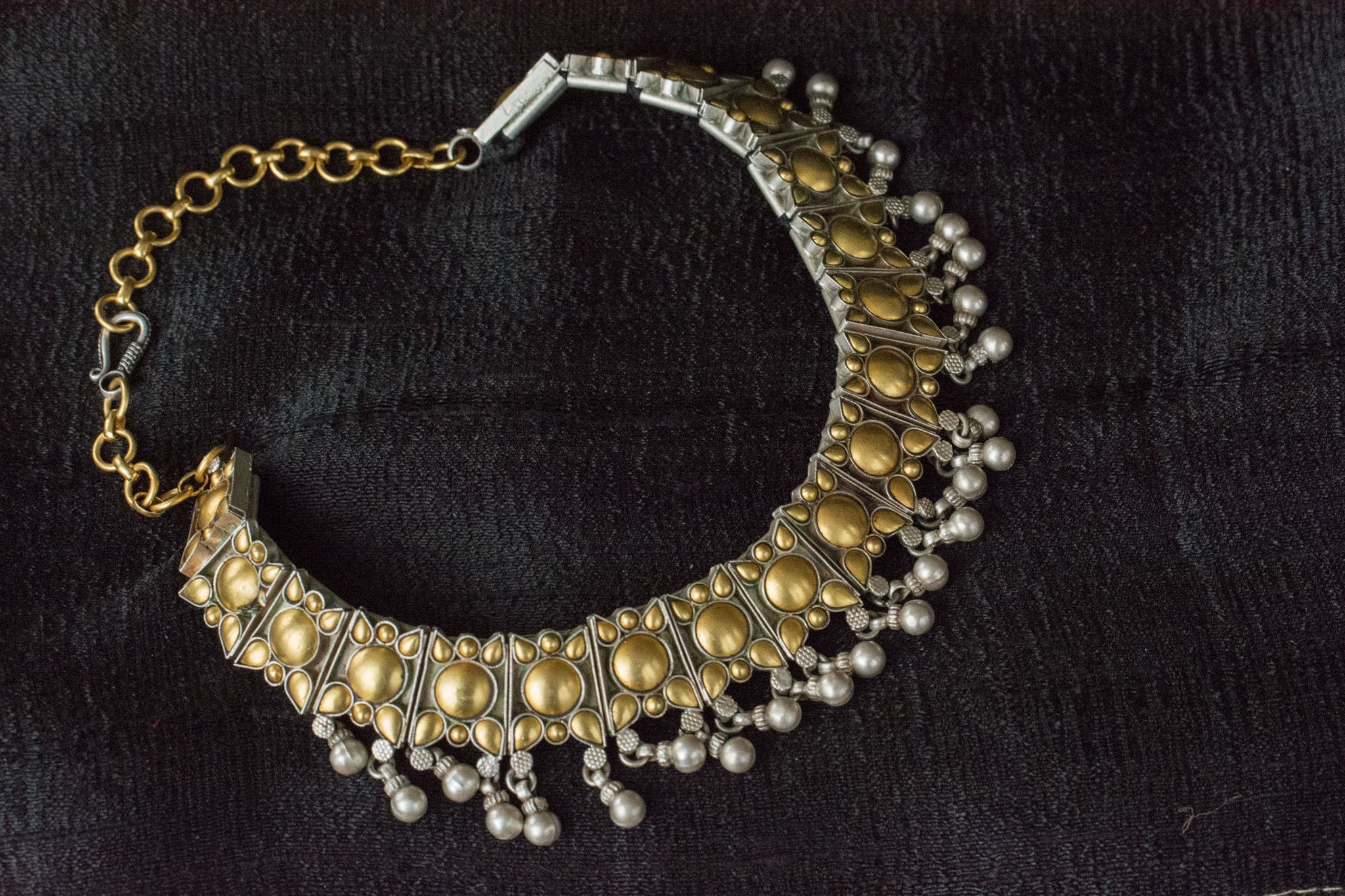 Indian Silver gold plated Amrapali Beaded fashion necklace. Traditional look neckpiece good in all events.-full view