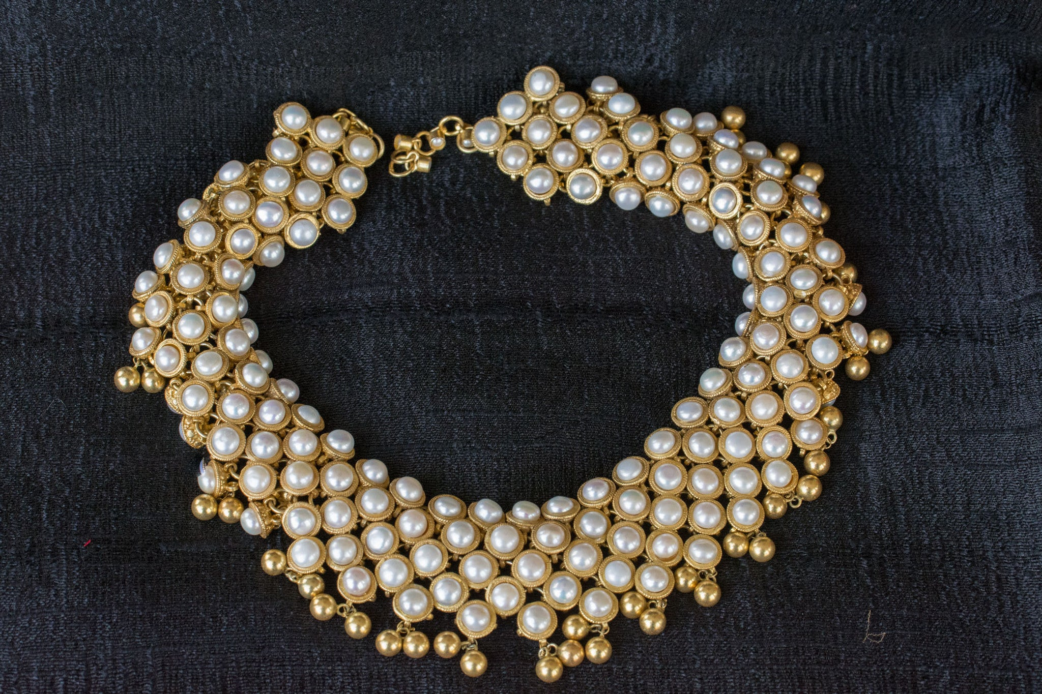 20a548-silver-gold-plated-amrapali-necklace-pearl