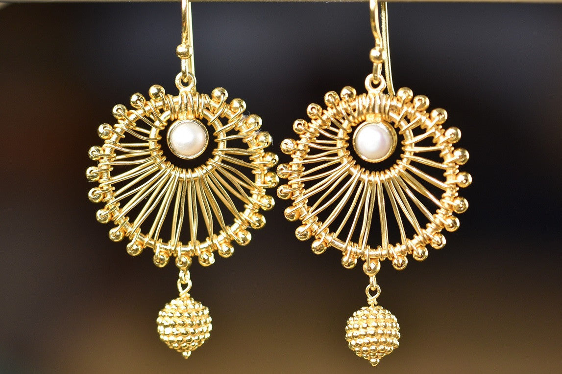20a629-silver-gold-plated-round-star-amrapali-earrings-a