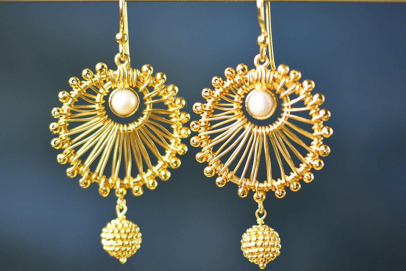 20a629-silver-gold-plated-round-star-amrapali-earrings-b