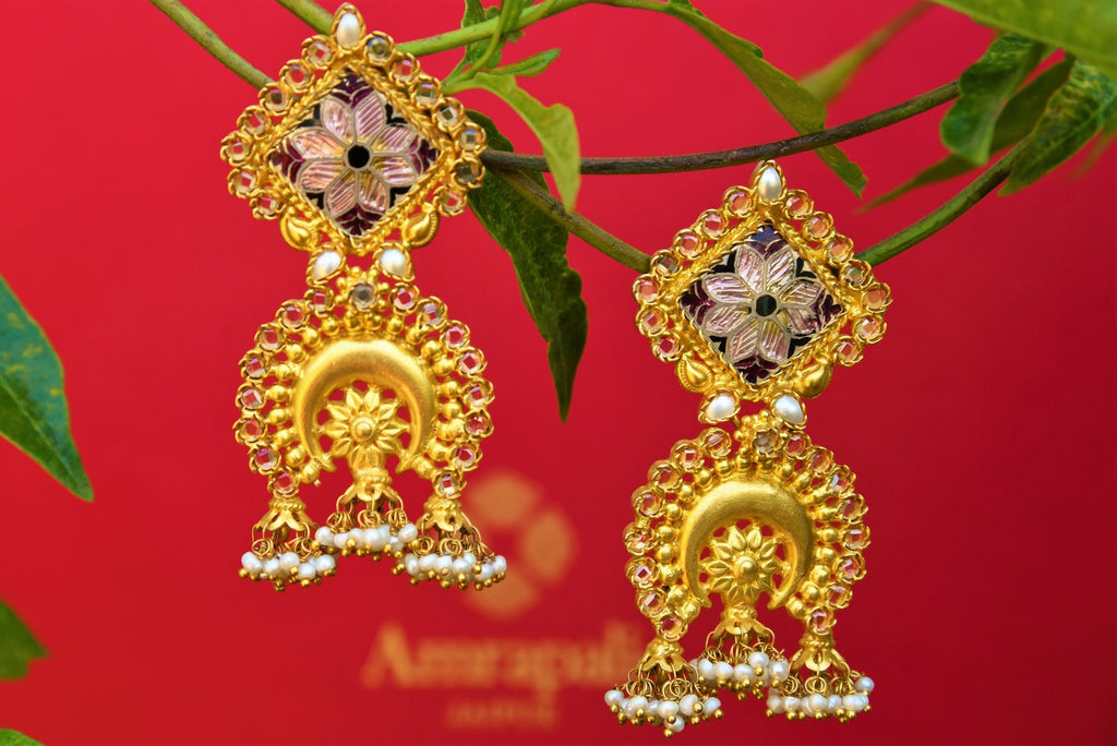 Buy silver gold plated Amrapali enamel and pearl earrings online from Pure Elegance. Our Indian fashion store in USA brings alluring range of silver earrings in USA.-closeup