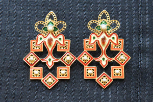 20A851 Red, Green & Cream Enamel Earrings With Pearls