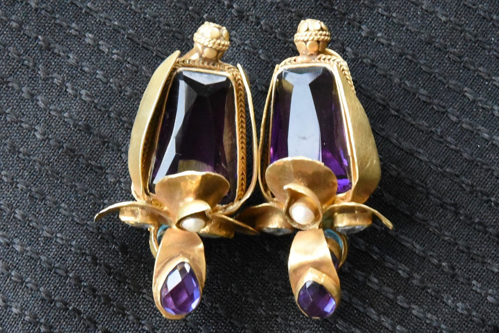 20A868 Silver Gold Plated Earrings With A Slash Of Royal Purple