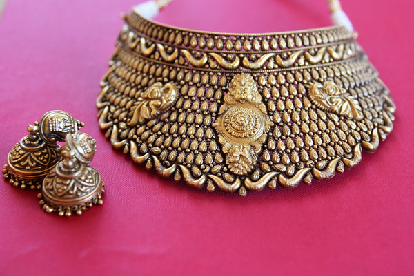 Indian Silver Gold Plated Textured Peacock Choker Necklace Jhumka Set- Detailed design