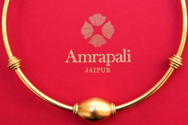Buy traditional silver gold plated Amrapali hasli necklace online in USA. Pure Elegance store brings an exclusive range of ethnic silver Indian jewelry online for women.-closeup