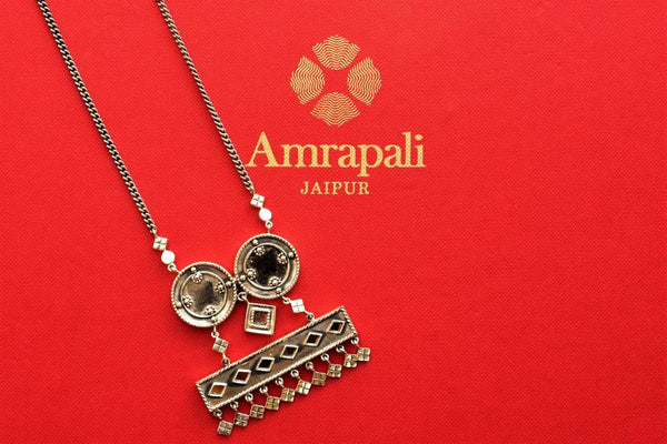 Buy silver Amrapali Glass necklace online in USA. Pure Elegance store brings ethnic silver Indian jewelry online USA for women perfect for various occasions. Shop now.-closeup