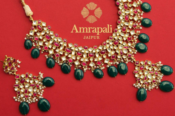 Buy silver gold plated glass Amrapali necklace and earrings set online in USA. Pure Elegance store brings a beautiful collection of ethnic Indian jewelry online.-closeup