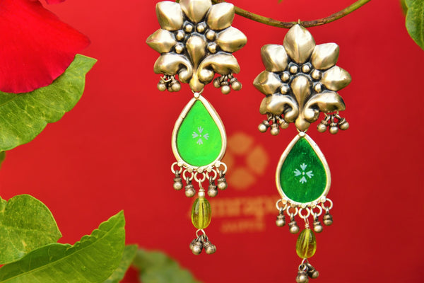 Buy silver Amrapali green glass earrings online in USA. Pure Elegance fashion store brings exquisite collection of ethnic Indian silver earrings in USA for women.-closeup