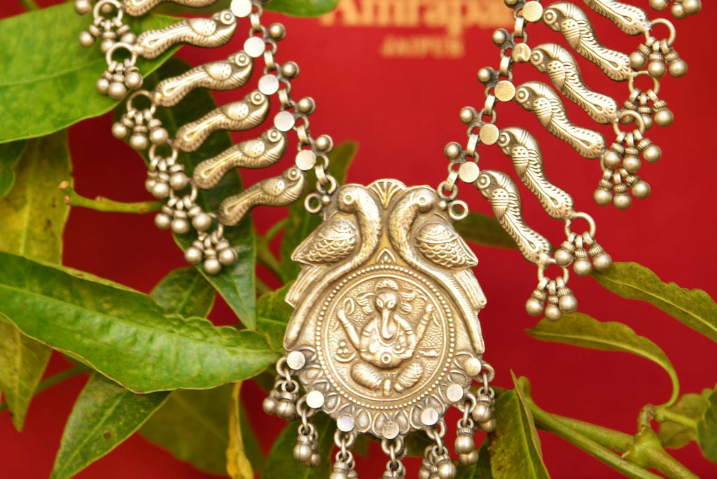 Buy traditional silver Amrapali necklace online in USA at Pure Elegance. Our fashion store brings exquisite collection of Indian silver gold plated jewelry in USA.-full view