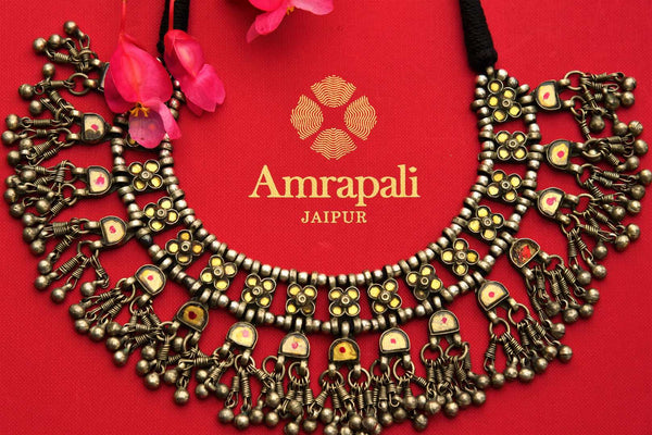 Buy Amrapali silver colored glass thread necklace online in USA. Pure Elegance fashion store brings exquisite range of Indian silver jewelry in USA. Shop online.-closeup