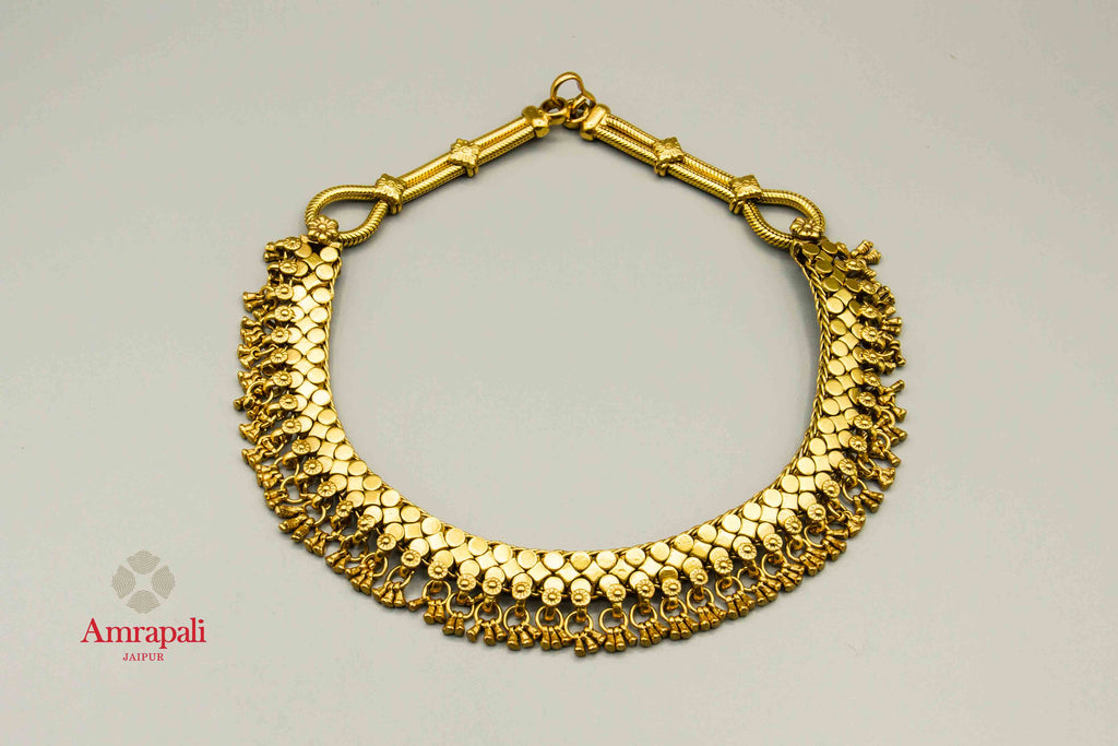Shop Amrapali ethnic silver gold plated short necklace online in USA. Raise your traditional fashion quotient on special occasions with exquisite Indian jewelry from Pure Elegance Indian clothing store in USA. Enhance your look with silver gold plated jewellery, silver jewellery available online.-flatlay