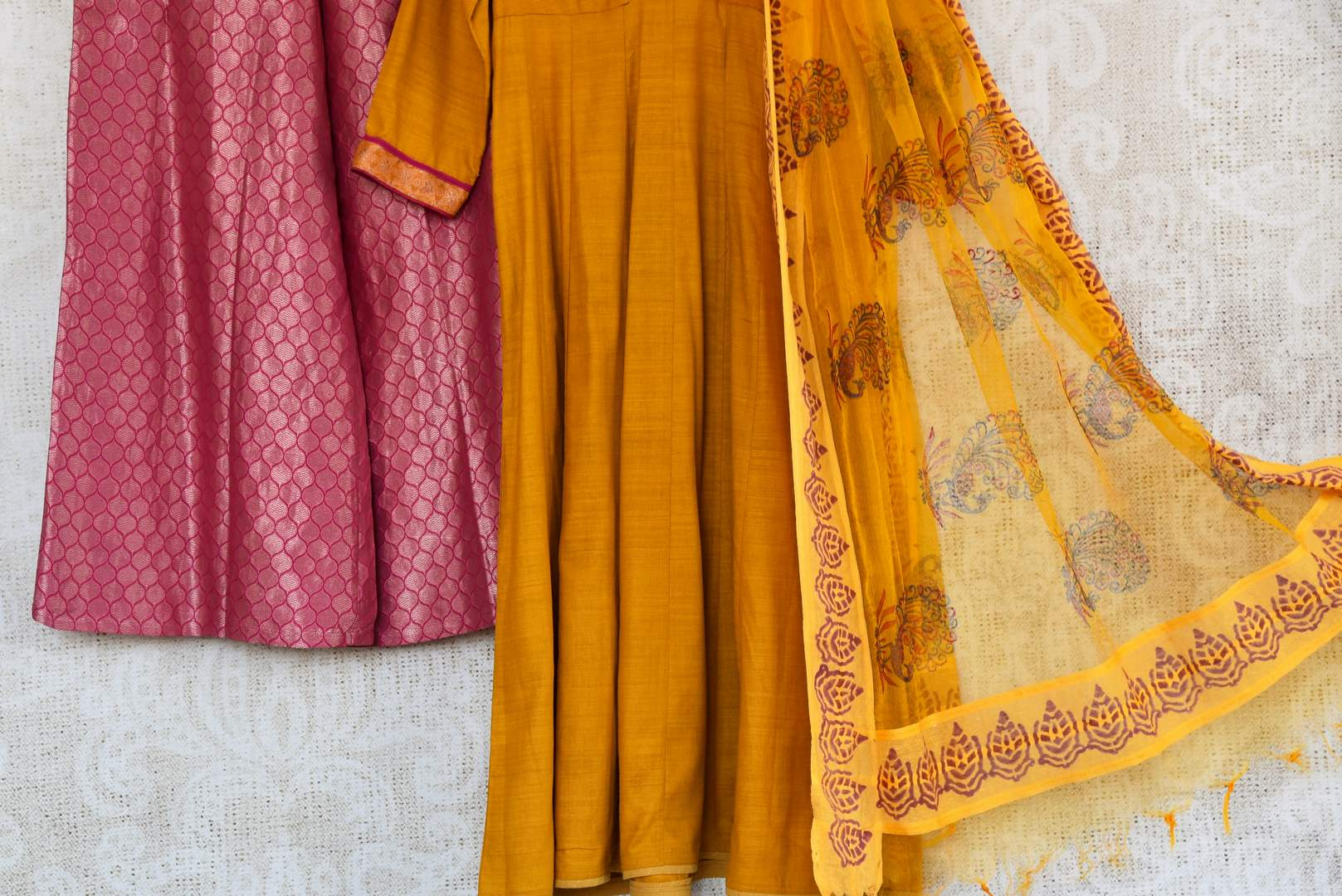 Buy ethnic mustard yellow kurta with Banarasi palazzo online in USA. Exquisite collection of Indian designer suits at Pure Elegance online store in USA. Shop online.-details