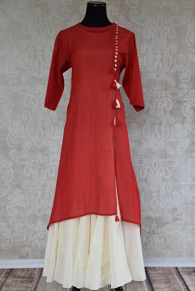 Shop this traditional Indian red malmal cotton Indo western dress perfect for any wedding or engagement party online or from our Pure Elegance store in Edison. Front View.