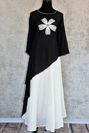 Buy the Black & white malmal cotton Indian outfit with a side tail cut online or from our Pure Elegance store in USA. It is perfect for any wedding or reception. Top View.