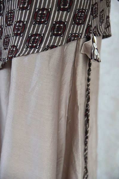Glamorous Cotton grey dress with thread embroidery available at Indian clothing store Pure Elegance in USA. Perfect Indian casual dress for summer evening.  -side view