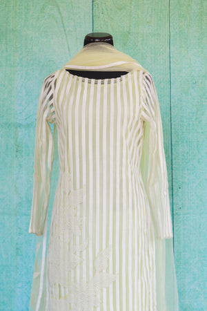 501073-suit-long-sleeve-pale-green-white-striped-scarf-top-view