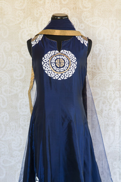 501087-suit-sleeveless-dark-blue-white-gold-circles-embroidered-scarf-top-view