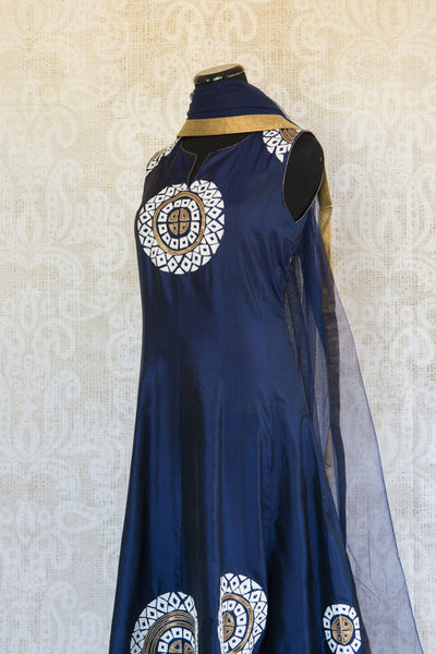 501087-suit-sleeveless-dark-blue-white-gold-circles-embroidered-scarf-alternate-view