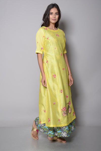 Buy online alluring yellow pure chanderi kurta with palazzo in USA. The kurta is adorned with delicate resham and cutdana embroidery which makes it so captivating. To buy more such exquisite summer outfits in USA, shop at Pure Elegance Indian clothing store in USA or shop online.-full view