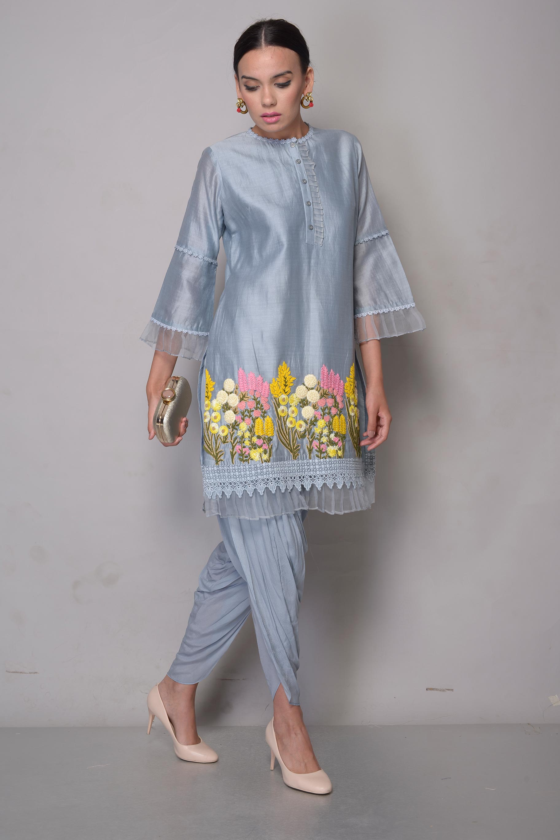 Buy grey zardozi embroidery chanderi kurta with dhoti pants online in USA. To buy more such exquisite Indian designer dresses in USA, shop at Pure Elegance Indian fashion store for women in USA or shop online.-full view
