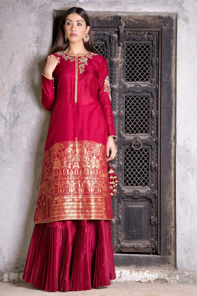 Buy rich maroon embroidered chanderi Anarkali with skirt online in USA. Find a range of exquisite Indian dresses in USA at Pure Elegance clothing store. Enrich your traditional style with a range of Indian clothing, designer Anarkali suits, wedding lehengas, and much more also available at our online store.-full view