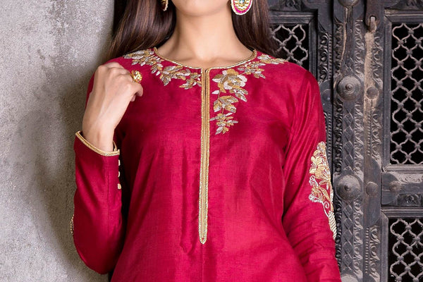 Buy rich maroon embroidered chanderi Anarkali with skirt online in USA. Find a range of exquisite Indian dresses in USA at Pure Elegance clothing store. Enrich your traditional style with a range of Indian clothing, designer Anarkali suits, wedding lehengas, and much more also available at our online store.-kurta