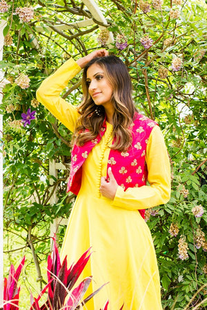 Buy yellow chanderi silk Anarkali online in USA with red embroidered vest. Look glamorous at weddings and special occasions with a range of exquisite Indian designer Anarkalis from Pure Elegance Indian clothing store in USA.-side