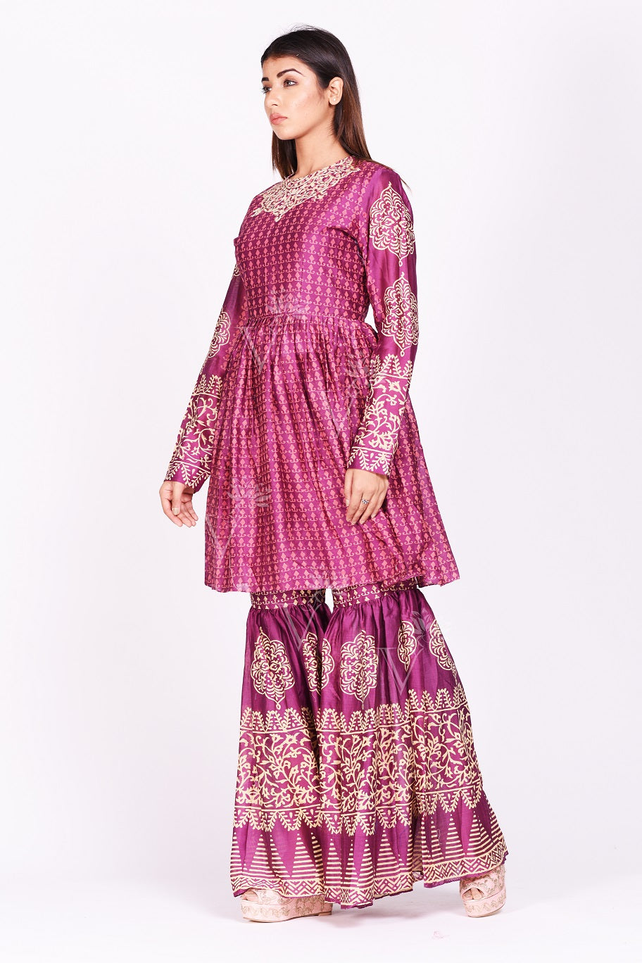 Buy contemporary magenta printed silk sharara set online in USA. Make a stunning fashion statement at weddings and special occasions with an exquisite collection of designer Anarkali suits, designer lehengas, Indian designer dresses from Pure Elegance Indian fashion store in USA. -side