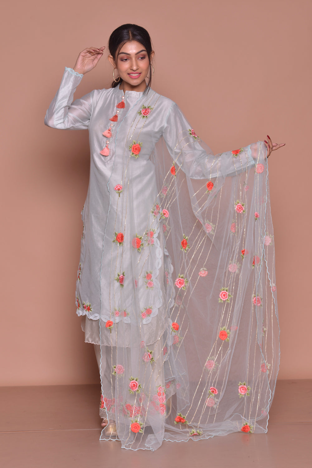 Buy lovely white embroidered palazzo suit online in USA with embroidered dupatta. Be occasion ready with exquisite range of designer salwar suits, Anarkali suits from Pure Elegance Indian boutique in USA.-side