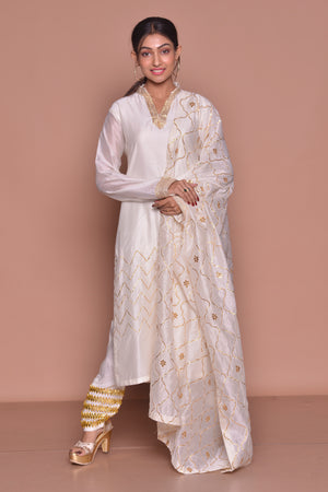 Buy beautiful white Indian suit online in USA with golden embroidery and pants. Be occasion ready with exquisite range of designer salwar suits, Anarkali suits from Pure Elegance Indian boutique in USA.-front