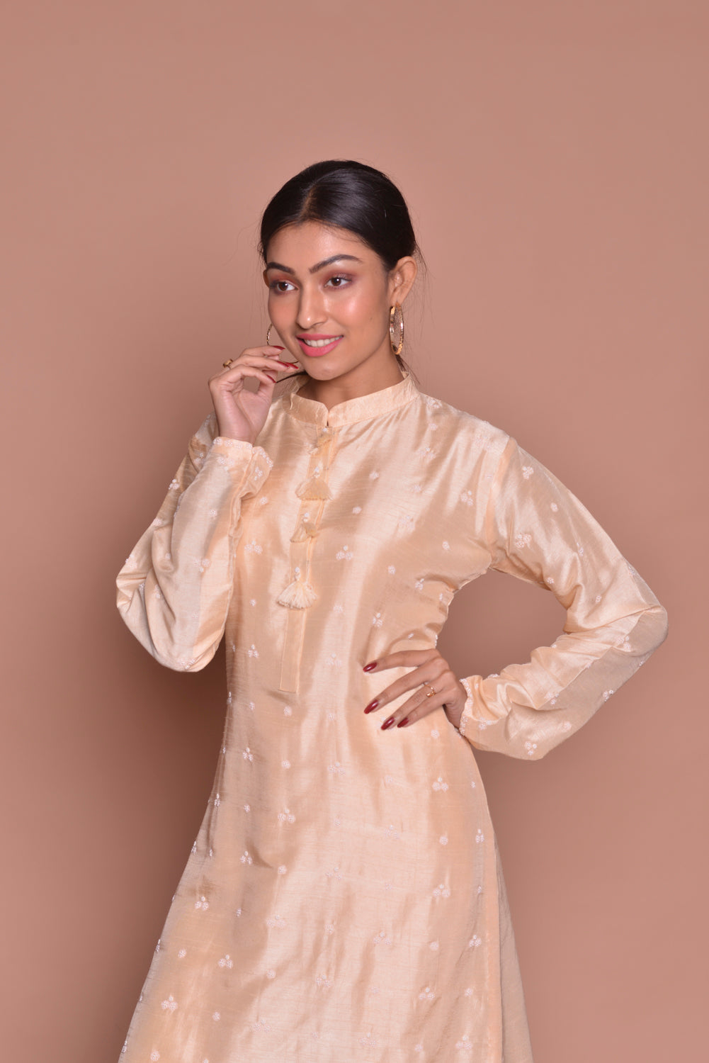 Buy cream embroidered designer suit online in USA with pants. Be occasion ready with exquisite range of designer salwar suits, Anarkali suits from Pure Elegance Indian boutique in USA.-closeup