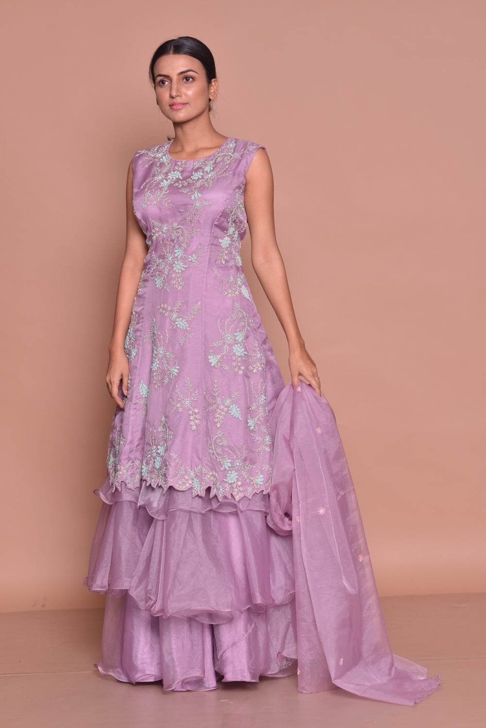 Buy gorgeous mauve embroidered kurta with sharara online in USA and dupatta. Flaunt Indian fashion with exquisite designer suits, Anarkali suits, sharara suits from Pure Elegance Indian cloth store in USA. -front