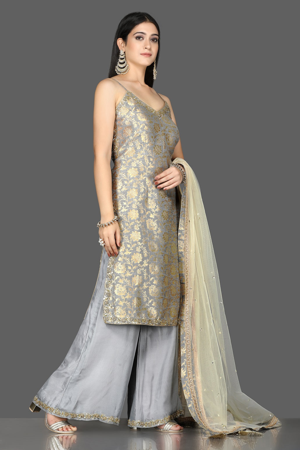 Buy lovely grey embroidered Banarasi kurta online in USA with crepe palazzo. Flaunt ethnic fashion with exquisite designer lehenga, Indian wedding dresses, Anarkali suits from Pure Elegance Indian fashion boutique in USA.-side