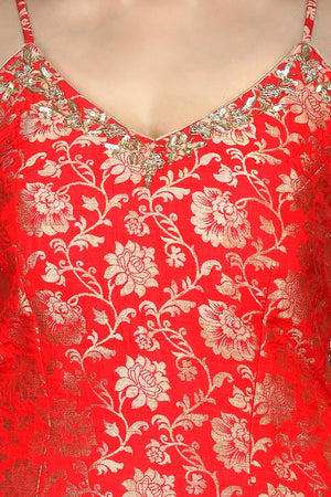 Buy bright red embroidered Banarasi kurta online in USA with crepe pants. Flaunt ethnic fashion with exquisite designer lehenga, Indian wedding dresses, Anarkali suits from Pure Elegance Indian fashion boutique in USA.-top