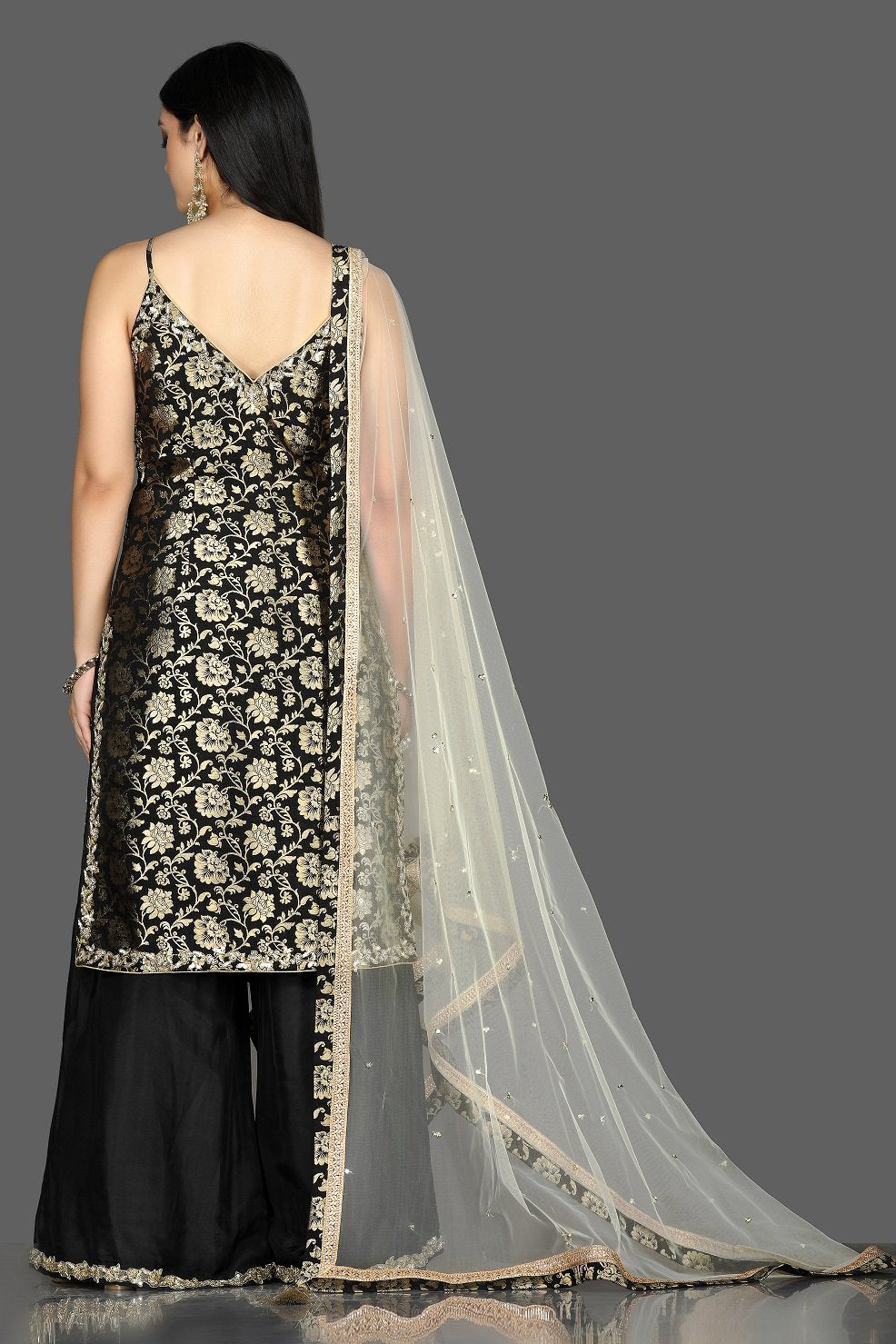 Shop stunning black embroidered Banarasi kurta online in USA with crepe palazzo. Flaunt ethnic fashion with exquisite designer lehenga, Indian wedding dresses, Anarkali suits from Pure Elegance Indian fashion boutique in USA.-back