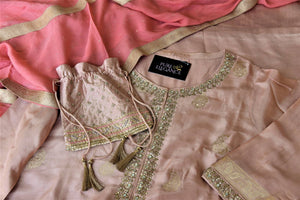 Shop elegant dusty pink embroidered silk palazzo suit online in USA with dupatta. Elevate your ethnic style on weddings and festive occasions with stunning designer Anarkali suits, sharara suits, palazzo suits, salwar suits from Pure Elegance Indian fashion boutique in USA.-details