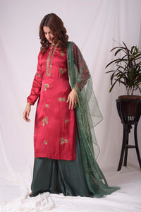 Buy red and green satin suit online in USA with palazzo and dupatta. Be the talk of parties and weddings with exquisite designer gowns, Indian suits, Anarkali dresses, Indowestern dresses from Pure Elegance Indian clothing store in USA.Shop online now.-full view