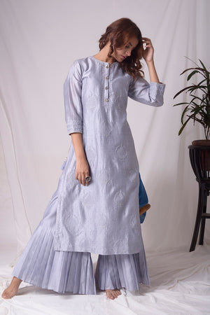 Buy grey lucknowi suit online in USA with pearl work. Be the talk of parties and weddings with exquisite designer gowns, Indian suits, Anarkali dresses, Indo-western dresses from Pure Elegance Indian clothing store in USA.Shop online now.-full view-3