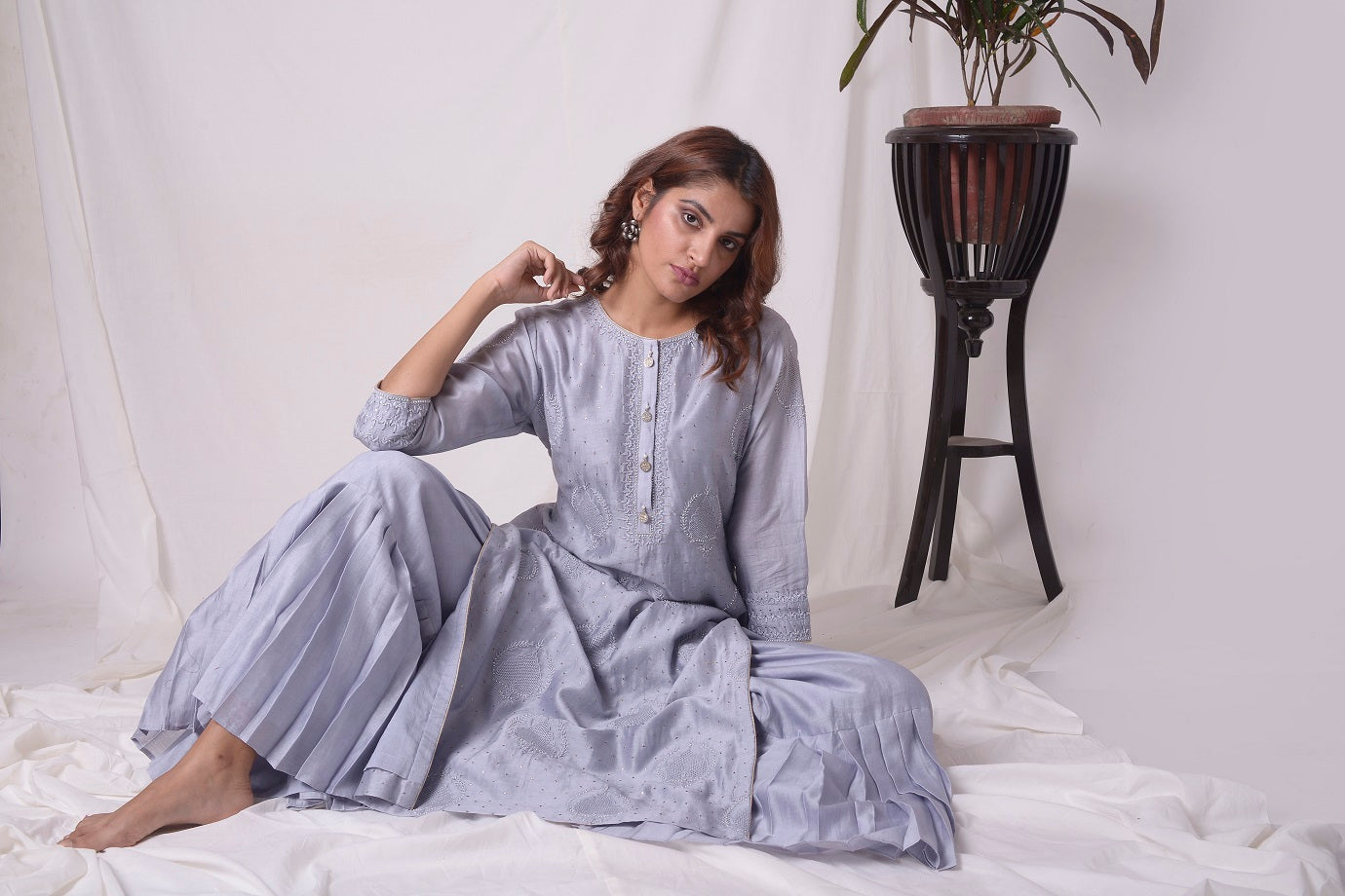 Buy grey lucknowi suit online in USA with pearl work. Be the talk of parties and weddings with exquisite designer gowns, Indian suits, Anarkali dresses, Indo-western dresses from Pure Elegance Indian clothing store in USA.Shop online now.-close up-2