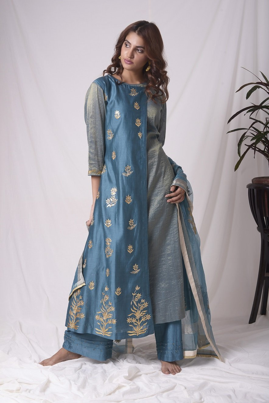 Buy blue tissue chanderi suit online in USA with palazzo and dupatta. Be the talk of parties and weddings with exquisite designer gowns, Indian suits, Anarkali dresses, Indo-western dresses from Pure Elegance Indian clothing store in USA .Shop online now.-full view-2