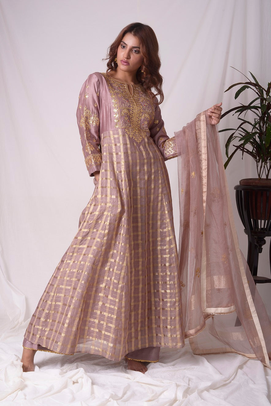 Buy brown silk suit online in USA with palazzo and dupatta. Be the talk of parties and weddings with exquisite designer gowns, Indian suits, Anarkali dresses, Indo-western dresses from Pure Elegance Indian clothing store in USA .Shop online now.-full view-1